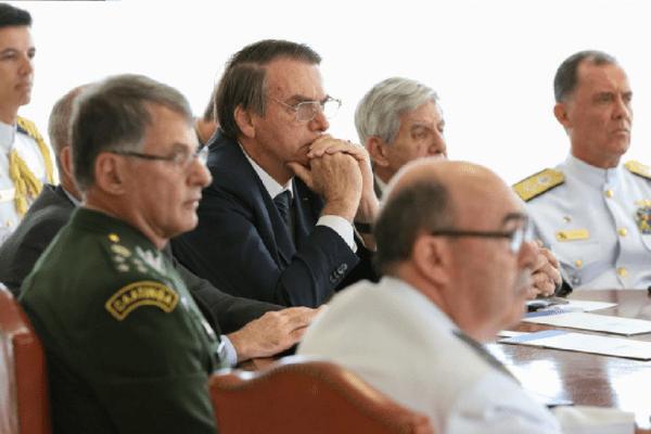 Ministério da Defesa anuncia troca dos líderes do Exército, Aeronáutica e Marinha