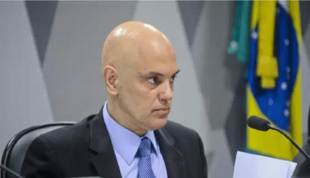 Alexandre de Moraes mantém prisão domiciliar do deputado Daniel Silveira