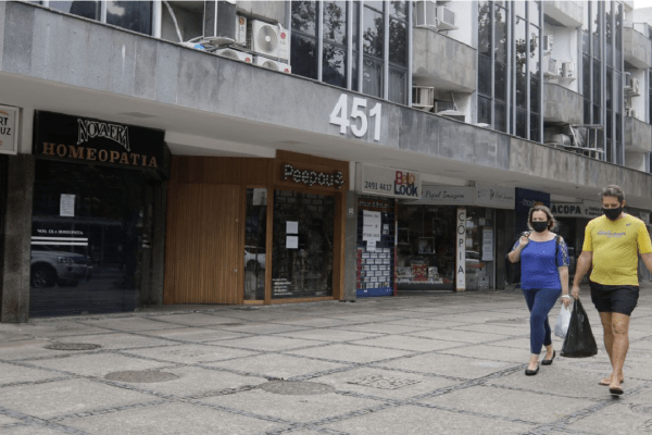 Justiça derruba liminar e restrições voltam a valer no RJ
