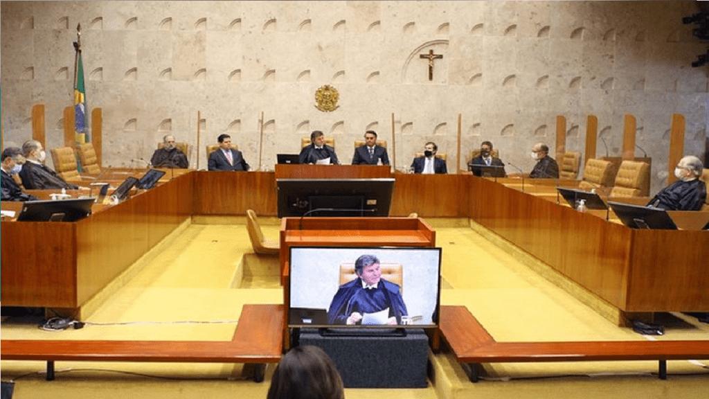 """STF arquiva notícia-crime contra Bolsonaro por """"demora"""" na compra da vacina Sputnik V"""