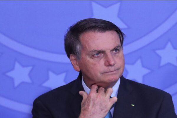 """Bolsonaro: """"Essas questões duvido que a CPI apure"""""""