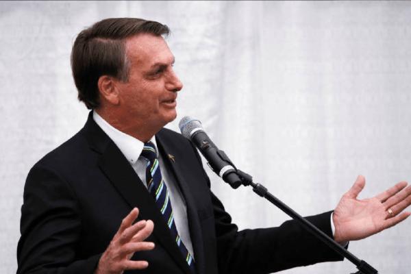 """""""A chance de um golpe é zero"""", diz Presidente Bolsonaro sobre eleições"""